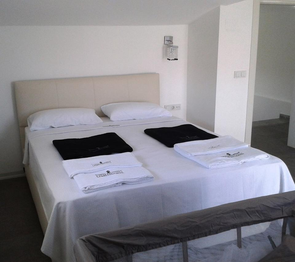 Alex Villa (6 + 2 Persons) - Rooms - Luxury Villa