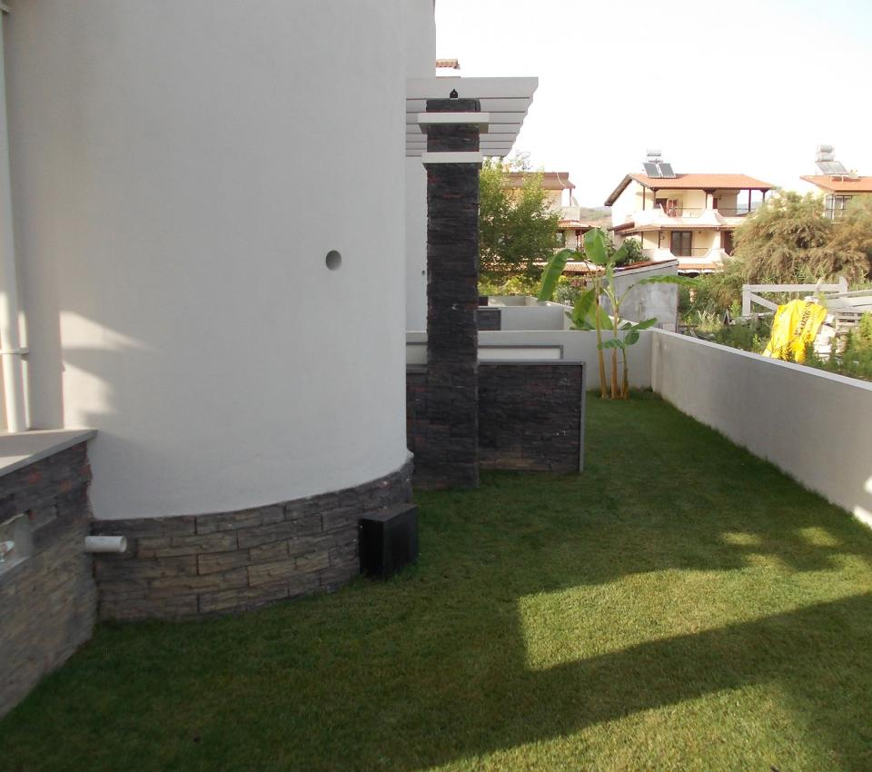 Alex Villa (6 + 2 Persons) - Garden - Luxury Villa