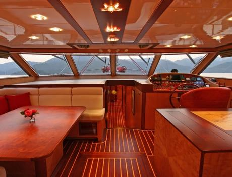 Serenity 86 - Salon - Motor Sailer